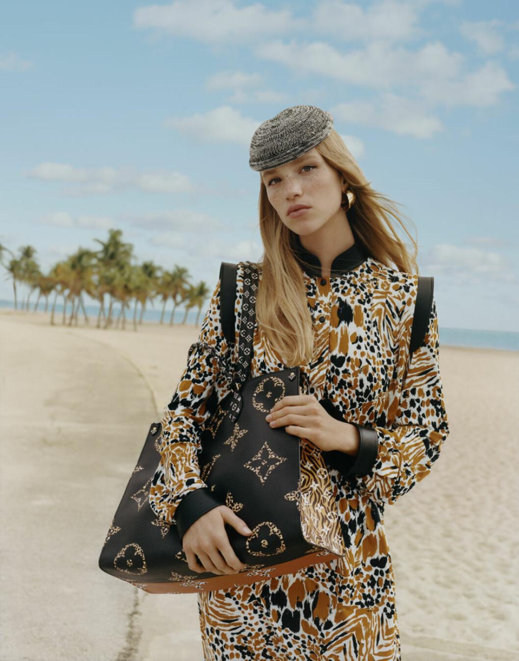 Louis Vuitton Monogram Giant Jungle On the go bag
