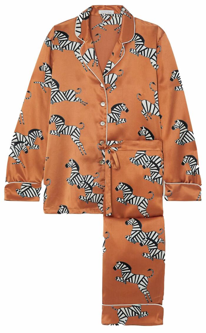Lyxig pyjamas från Olivia von Halle med lekfulla drag –