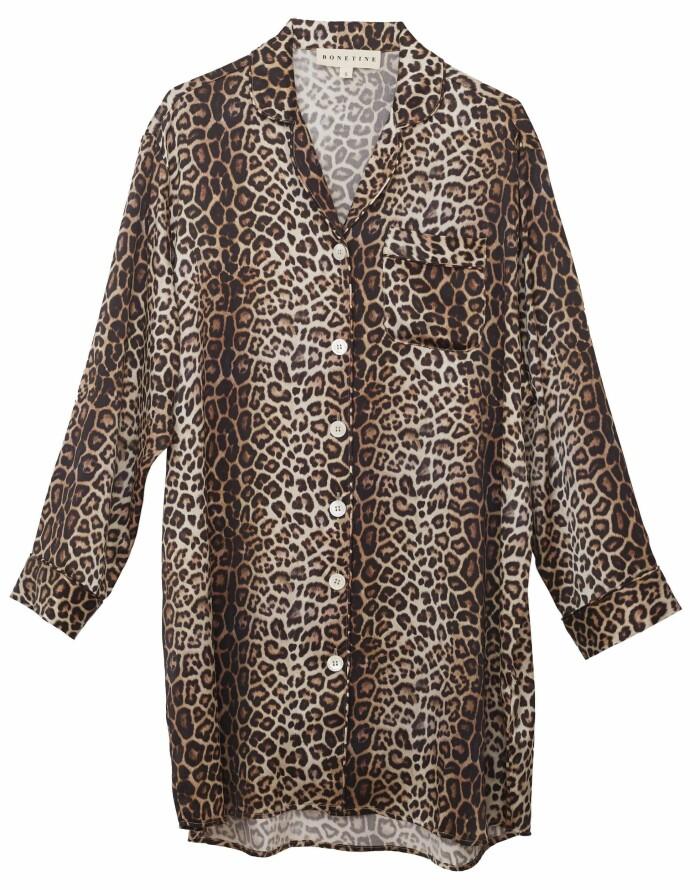Lyxigt leopardmönstrat nattlinne från Bonetine