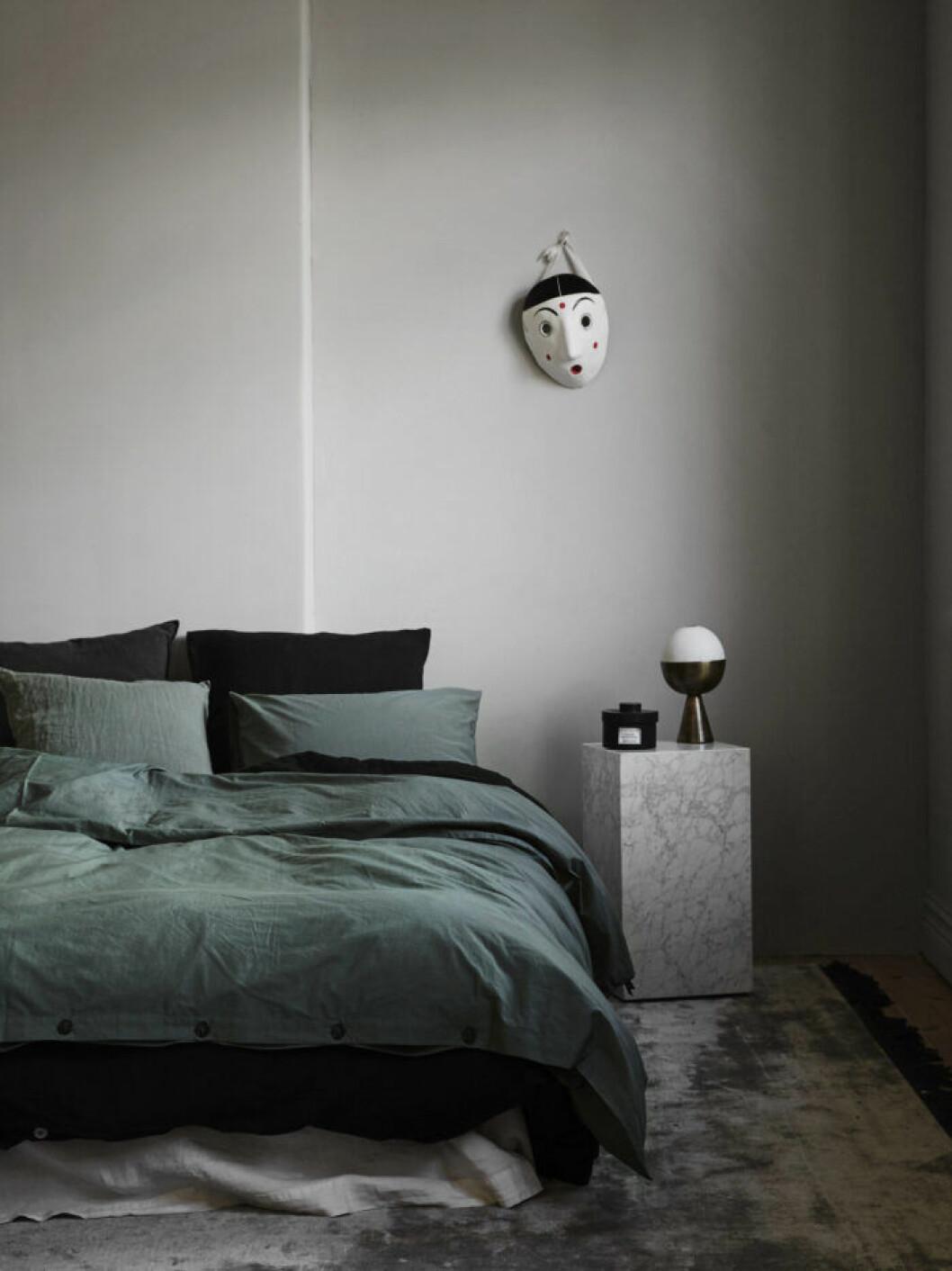 Grå är en trendig färg och ett bar tips om du ska måla om inför en bostadsförsäljning