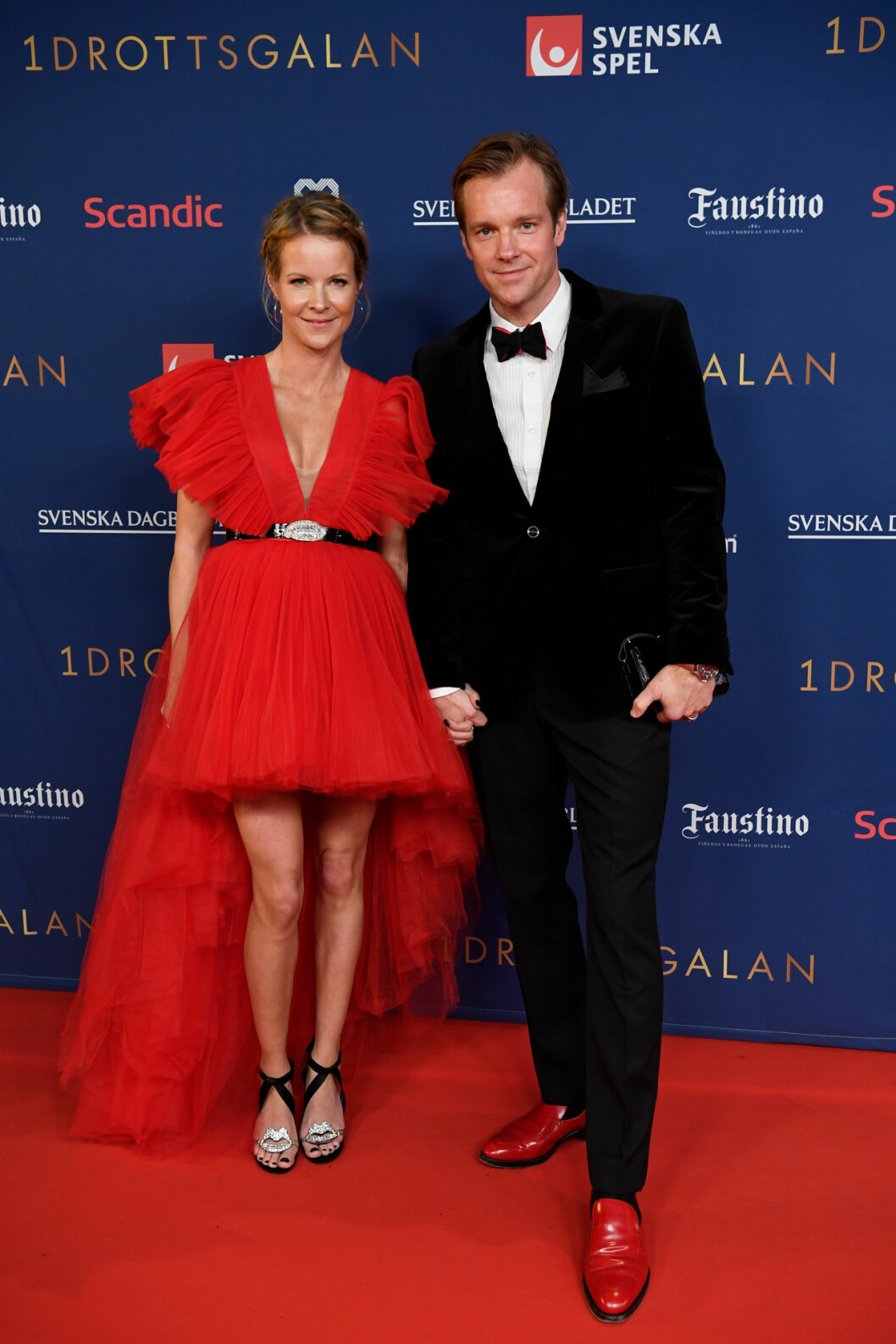 Malin Baryard och Henrik Johnsson på röda mattan på Idrottsgalan 2020