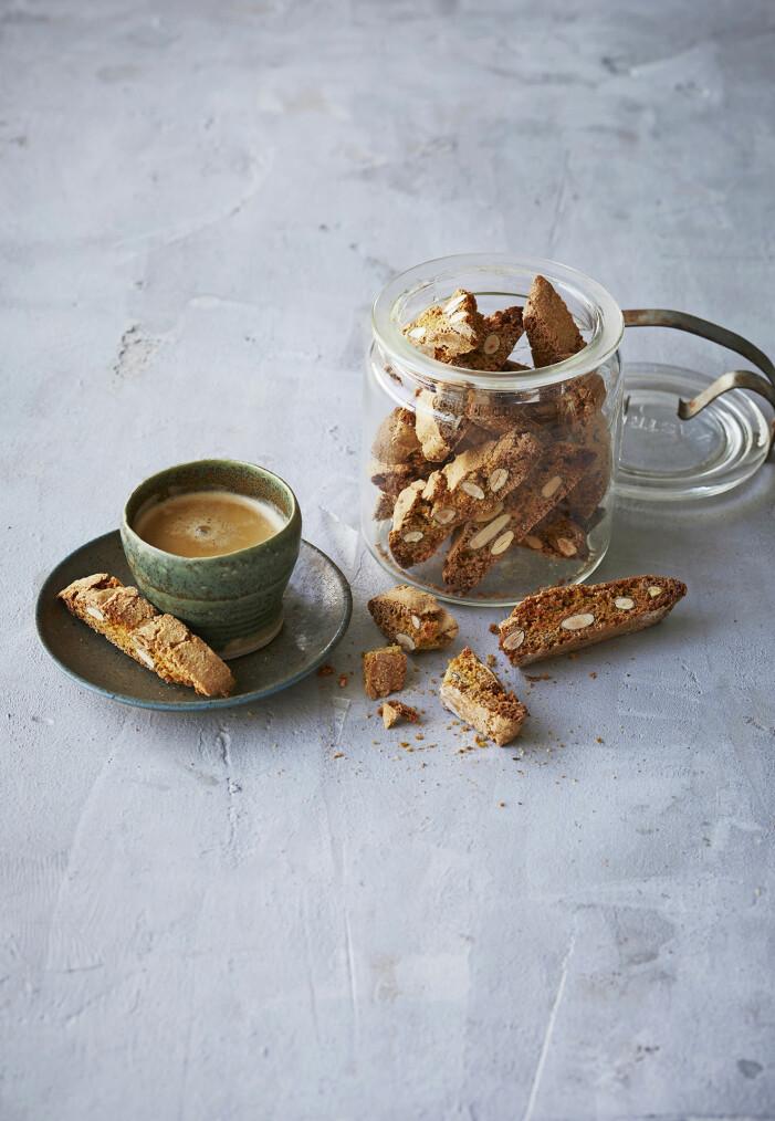 Enkelt recept på italienska mandelbiscotti