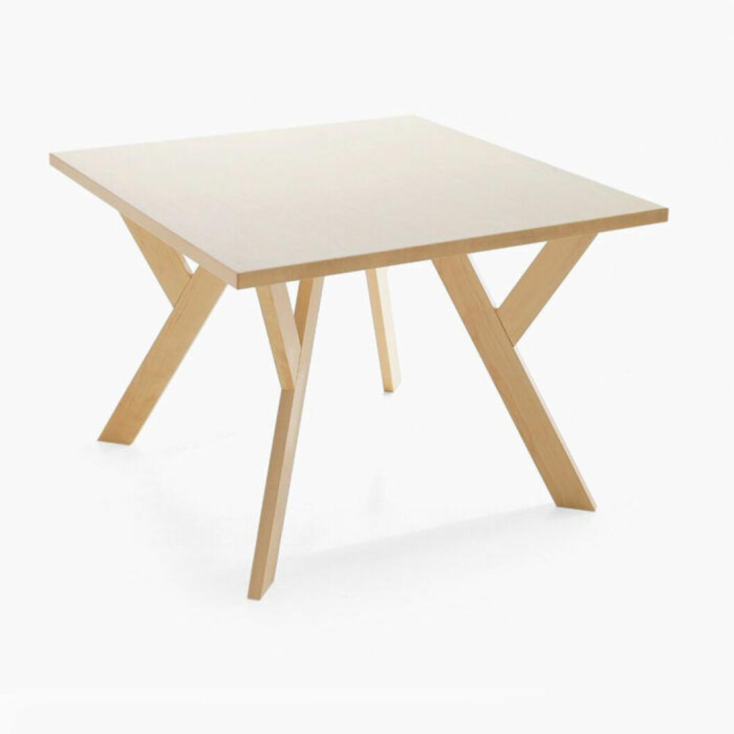 Litet fyrkantigt matbord