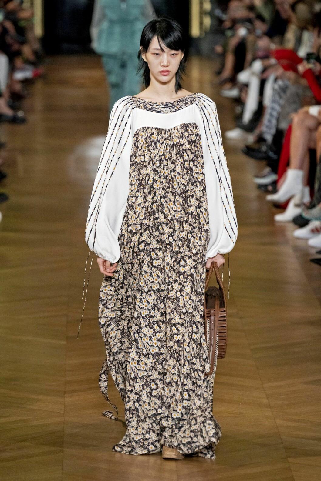 Småblommig klänning från Stella McCartney