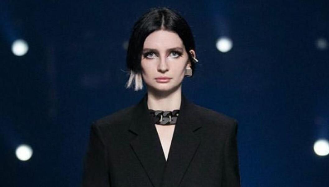 Paul Walkers dotter Meadow gör årets catwalk-debut på Givenchys runwayS