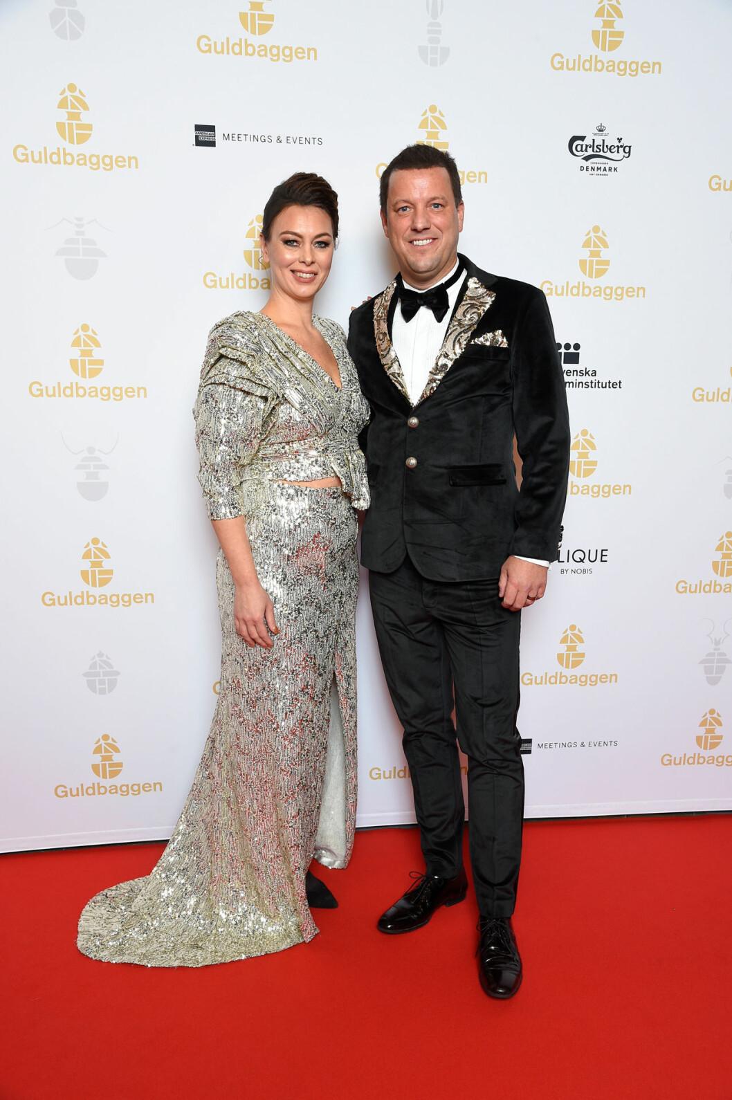 Mia Jorpes och Mikael Löfstrand på röda mattan på GUldbaggegalan 2020