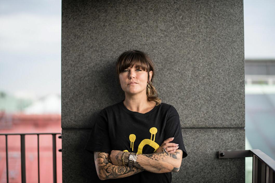 En bild på skådespelerskan och komikern Mia Skäringer.