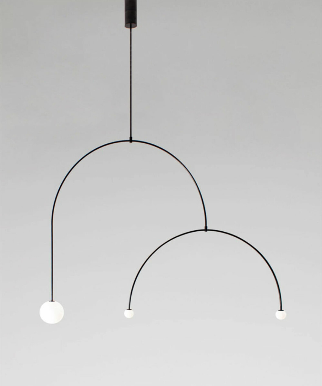 Mobile Chandelier av Michael Anastassiades