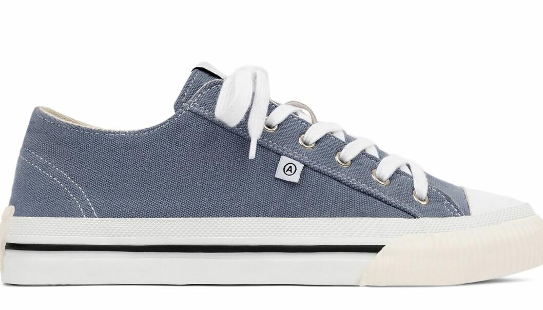 Axel Arigato midnight low sneakers i blått