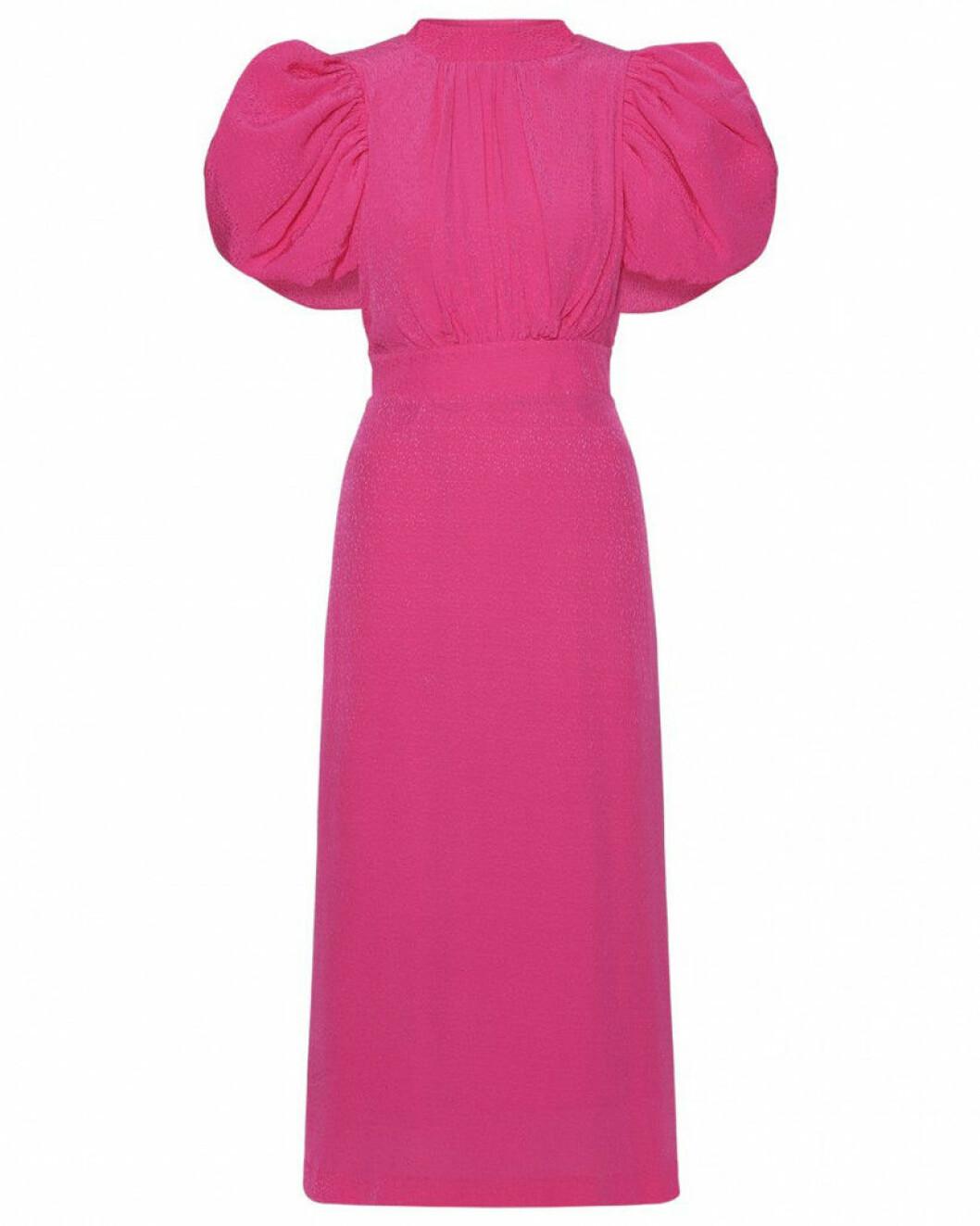 Rosa klänning med puffärmar från Rotate.