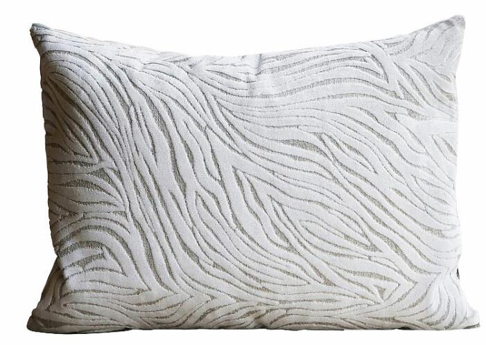 vit kudde med mönster från mimou