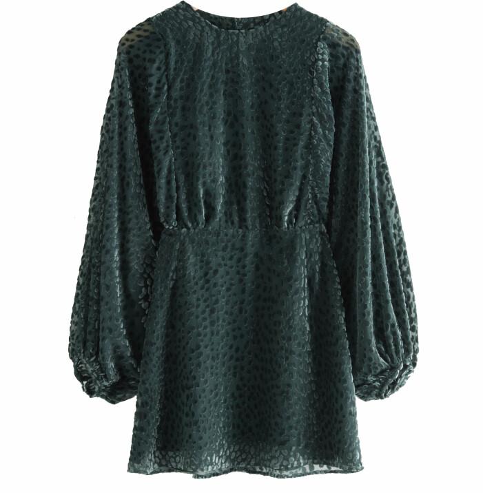 grön klänning stories
