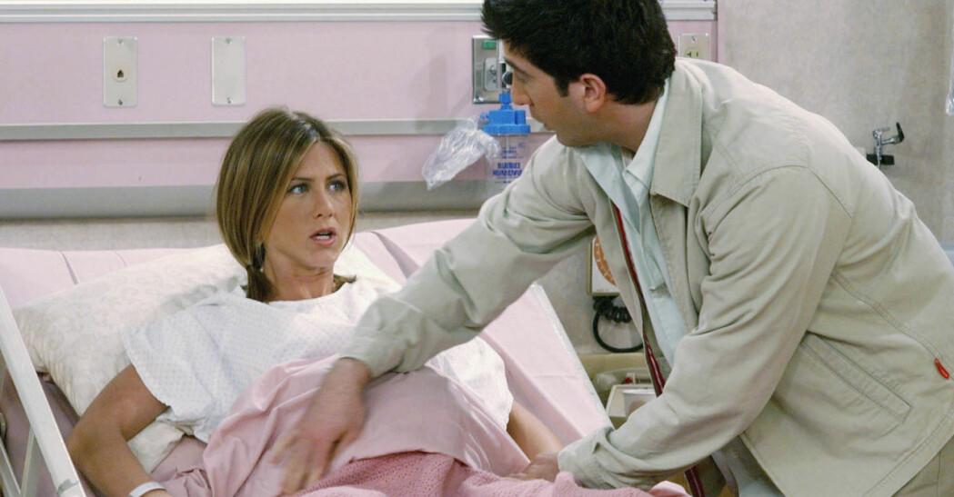 Rachel föder barn med Ross