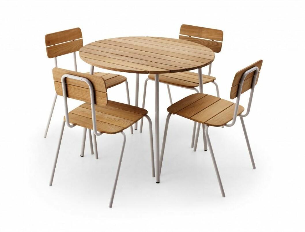 Klassisk möbelgrupp att spara år efter år, serien Flux med design av Herman Studio för Skagerak.