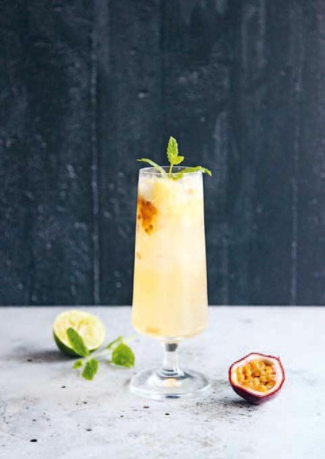 Mocktail med mangosorbet