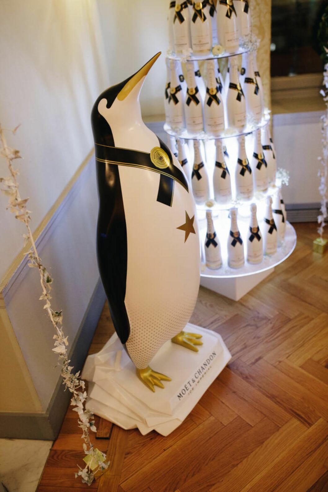 Pingvinen är ett kännetecken för Moët & Chandon Ice Impérial.