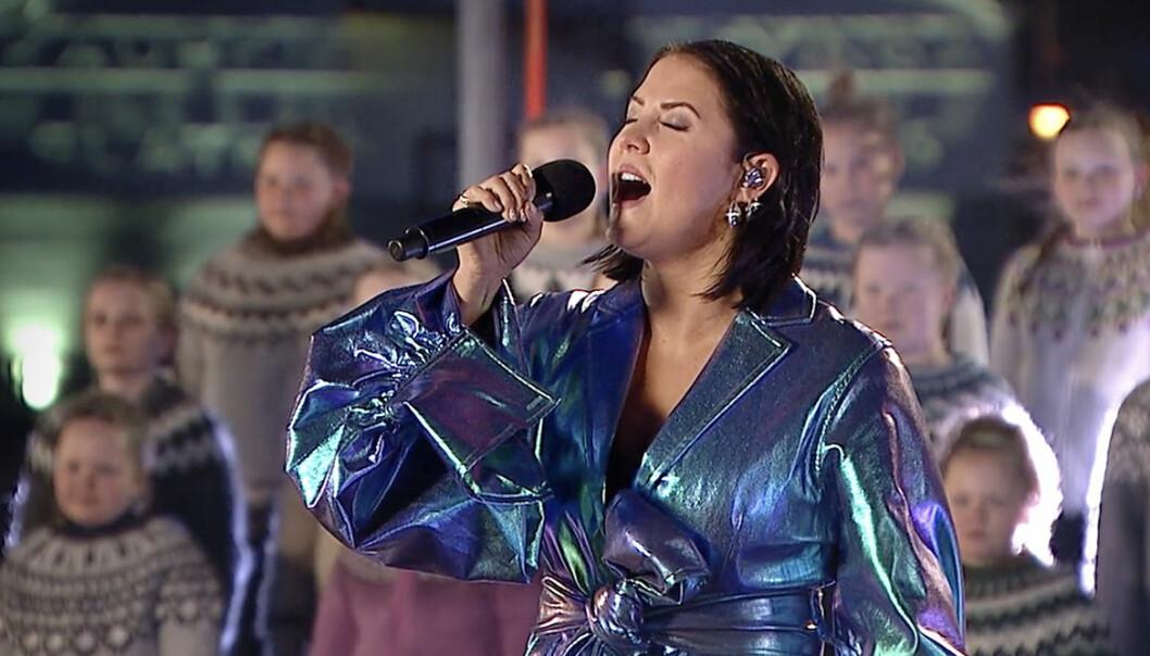 Här uppträder Molly Sandén under Oscarsgalan – hela framträdandet