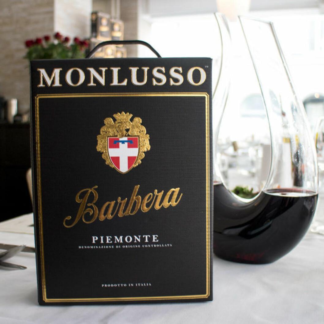 Monlusso Barbera 2015 (nr 2388) kostar 243 kr.