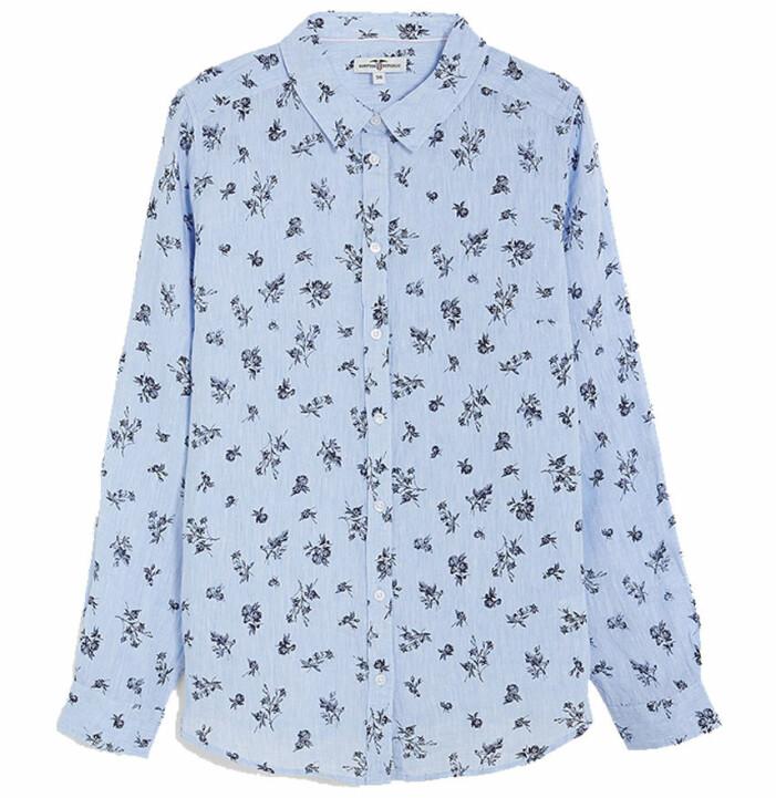 ljusblå mönstrad linneskjorta dam