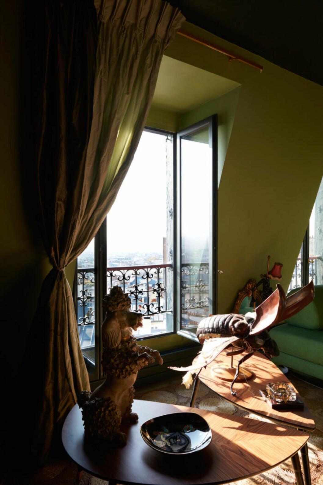 Hem i Montmartre, utsikt i Paris