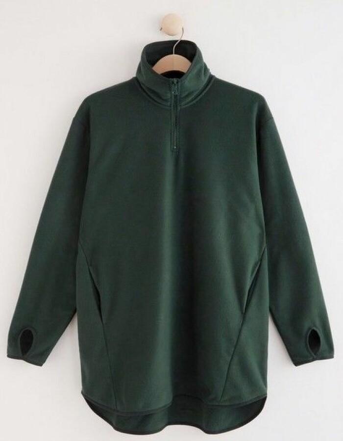 Mossgrön fleece från Lindex som finns att köpa här.