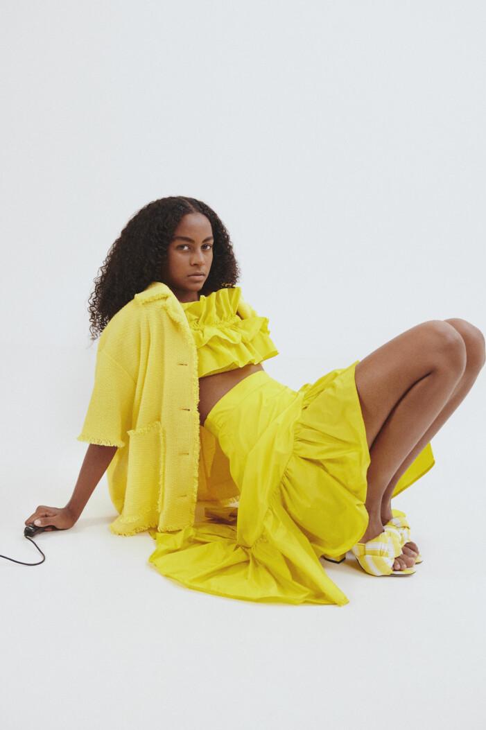 knallig gul färgtrend 2021
