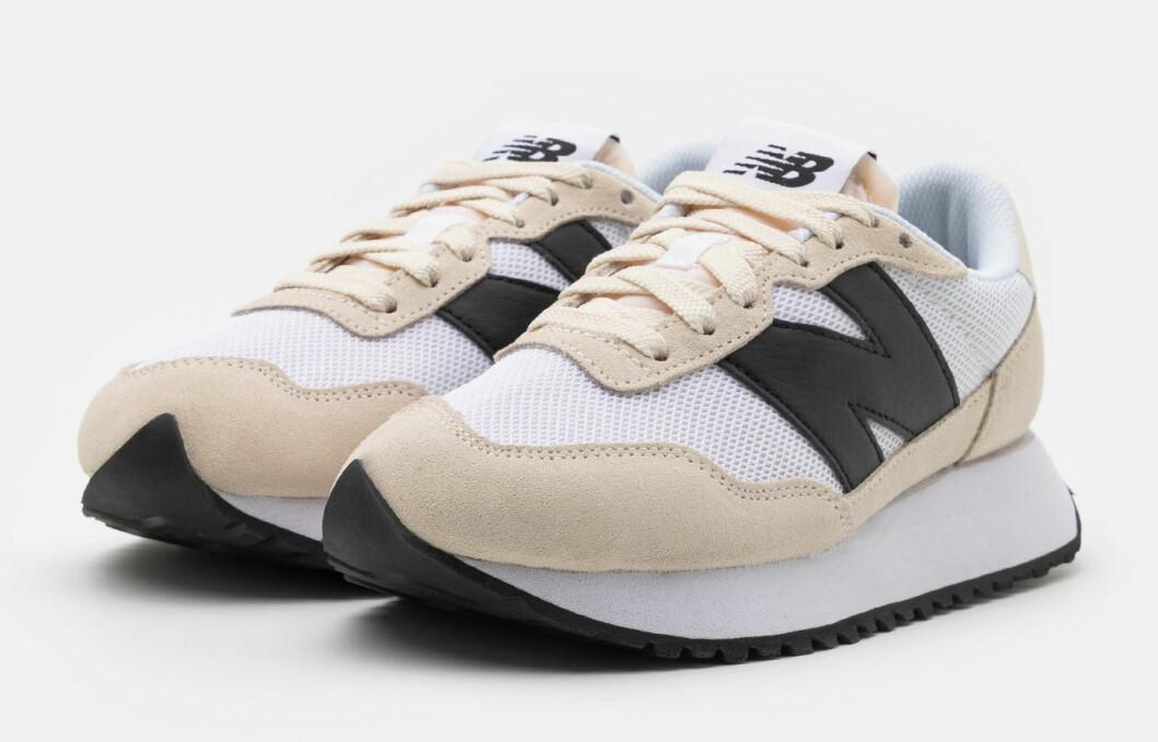 New Balance 237 – beige sneaker