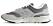 grå sneakers från New Balance.