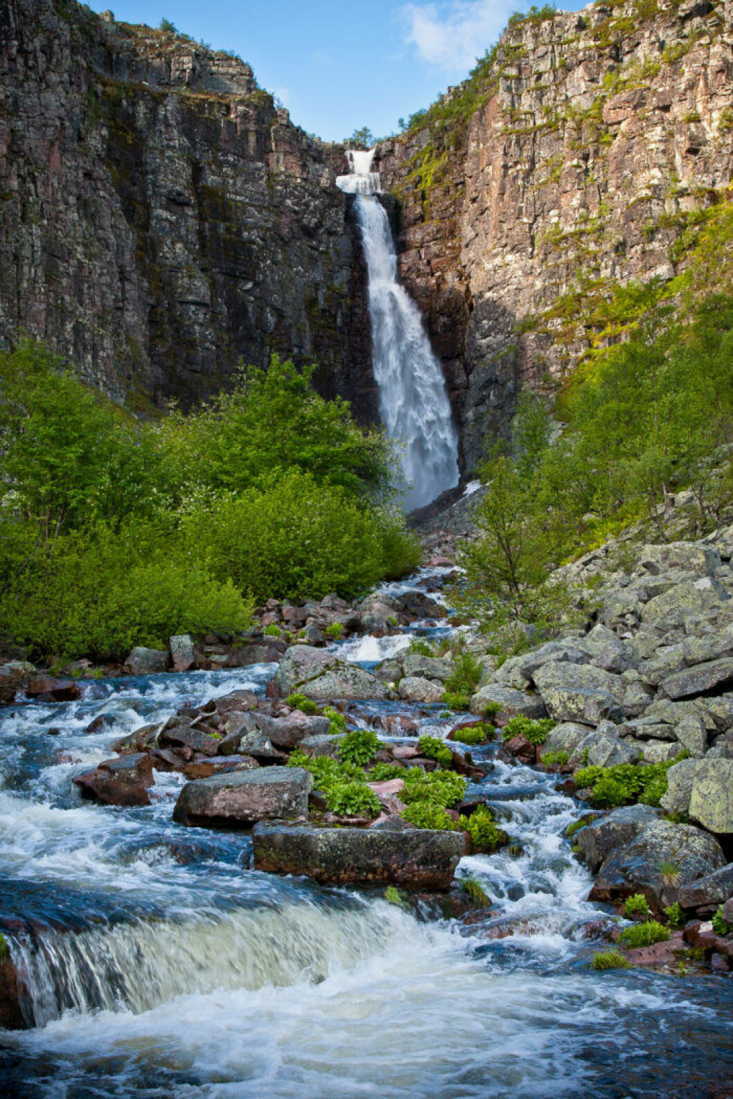 Sveriges högsta vattenfall, Njupeskä i Dalarna.