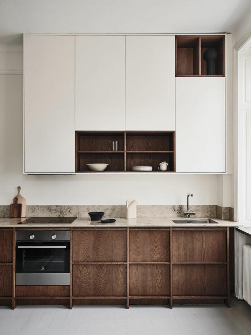 Nordiska Kök har skapat två platsbyggda träkök i ek. The Urban Oak, är det moderna alternativet med varm och ombonad känsla.
