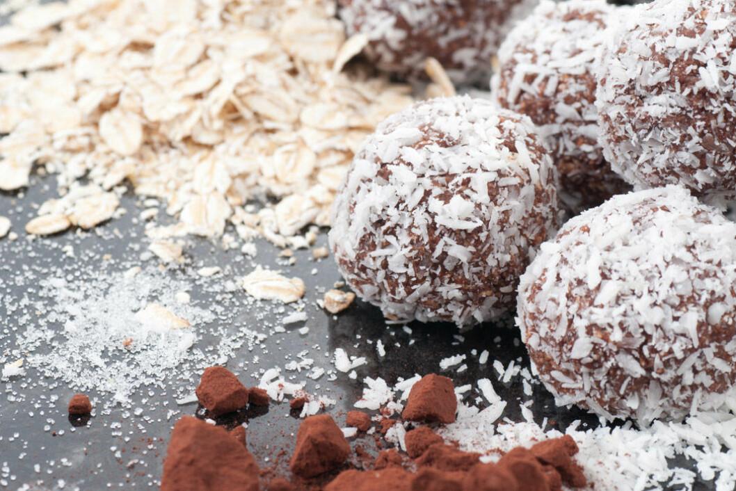 Nyttiga chokladbollar utan socker och smör.