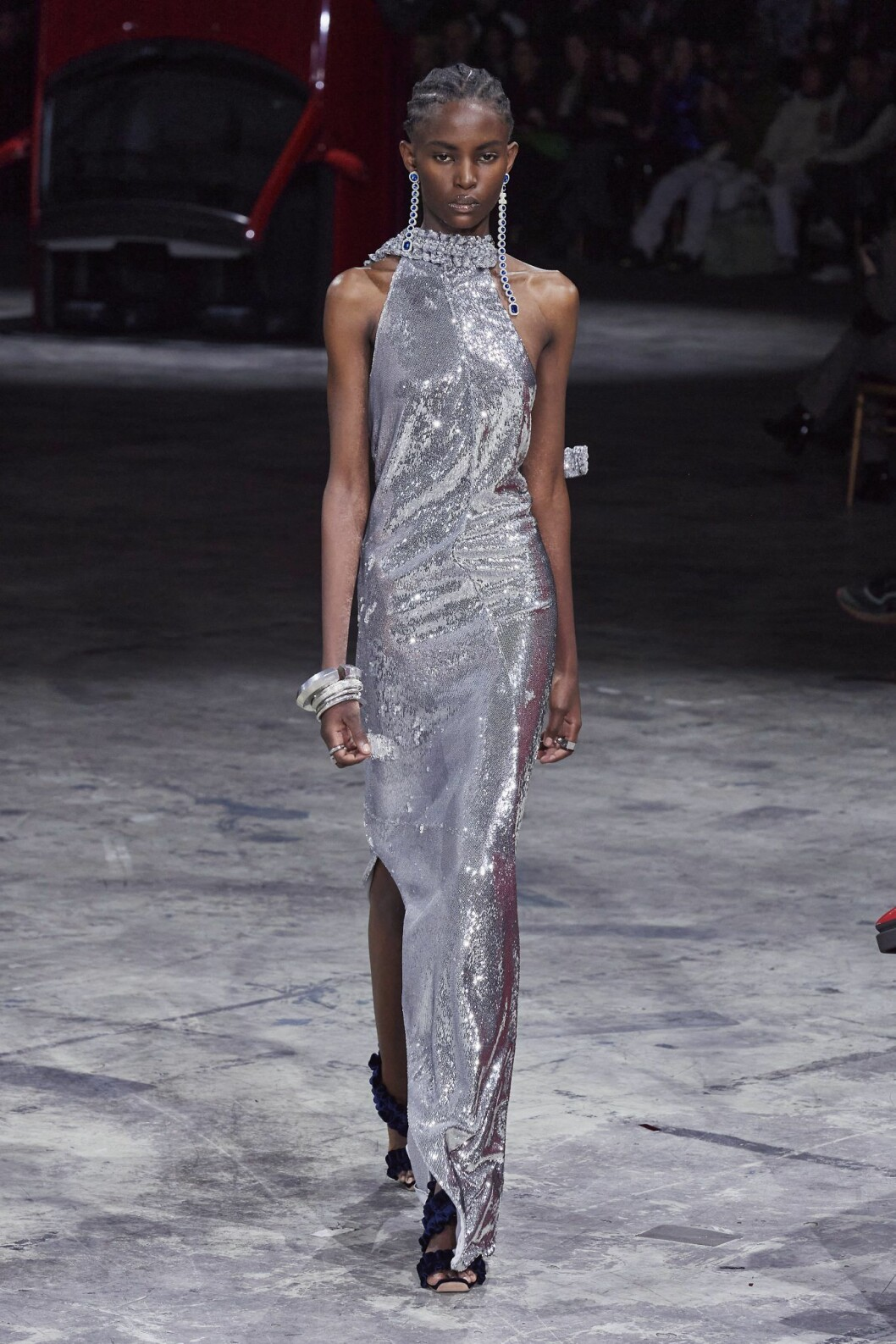 Silvermetallic klänning off-white 2020