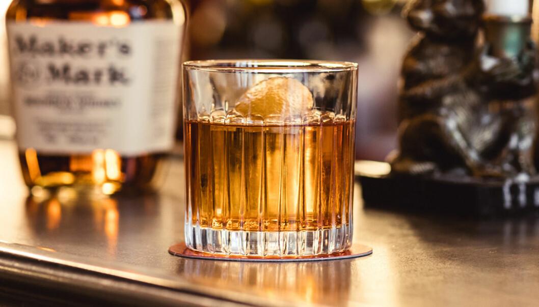Old Fashioned med Maker's Mark på Bar Hommage.