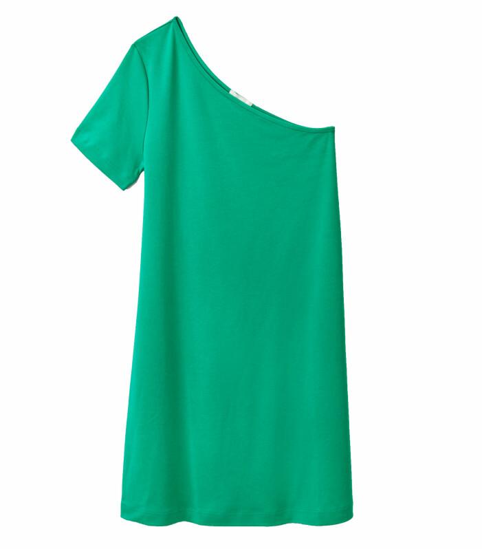 grön kort klänning