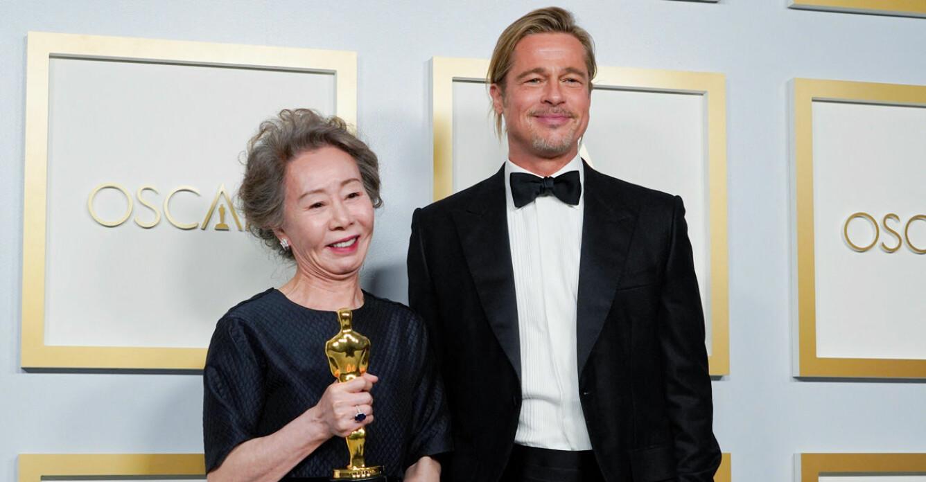 Youn Yuh-Jung och Brad Pitt