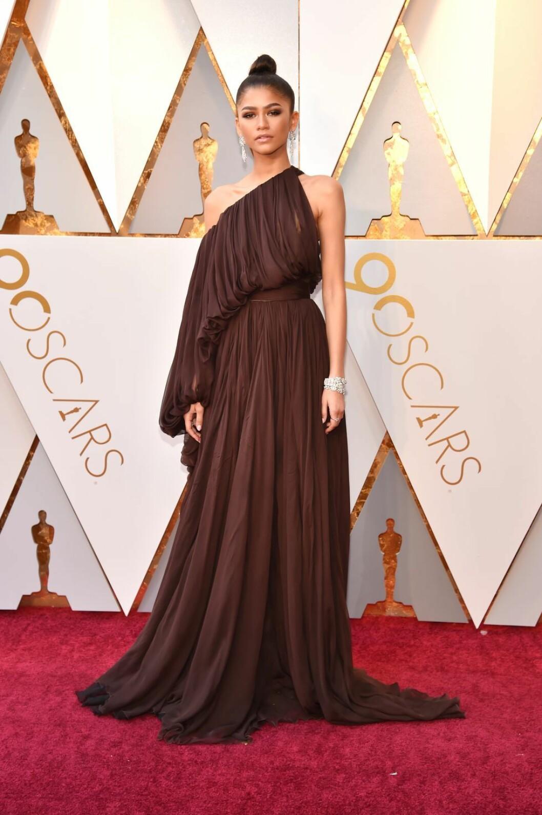 Zendaya i Giambattista-Valli på Oscarsgalan 2018