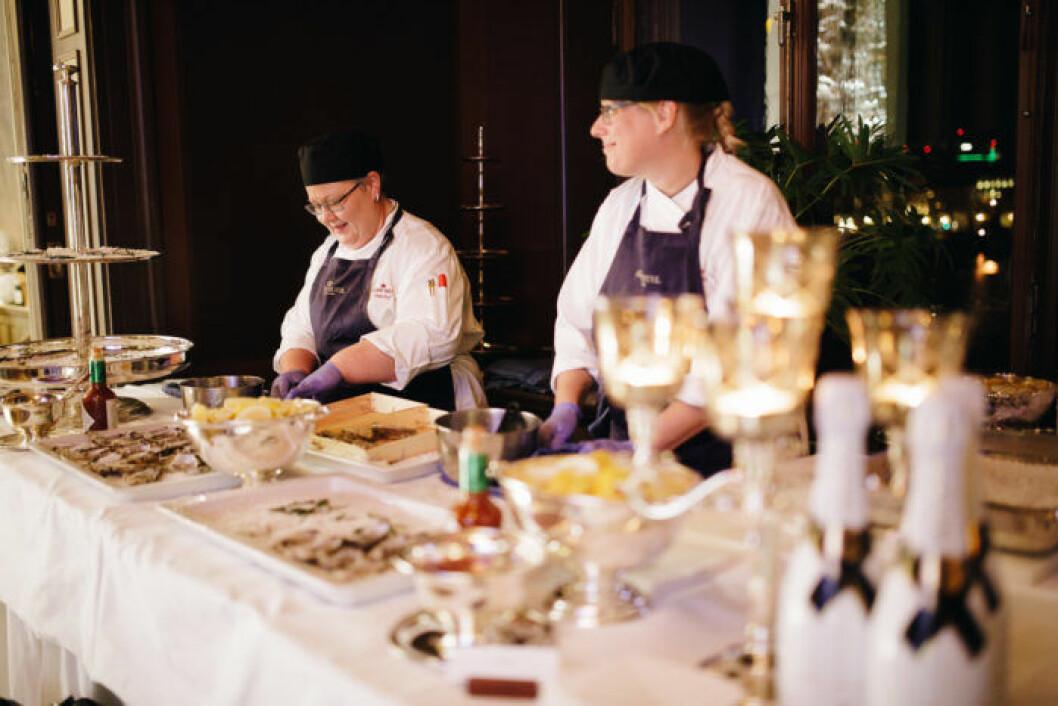 Ostron och champagne är en klassisk kombination.