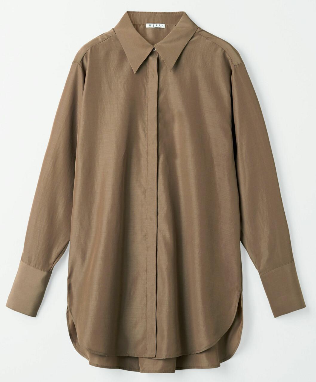 Oversized och avslappnad skjorta från Wera.