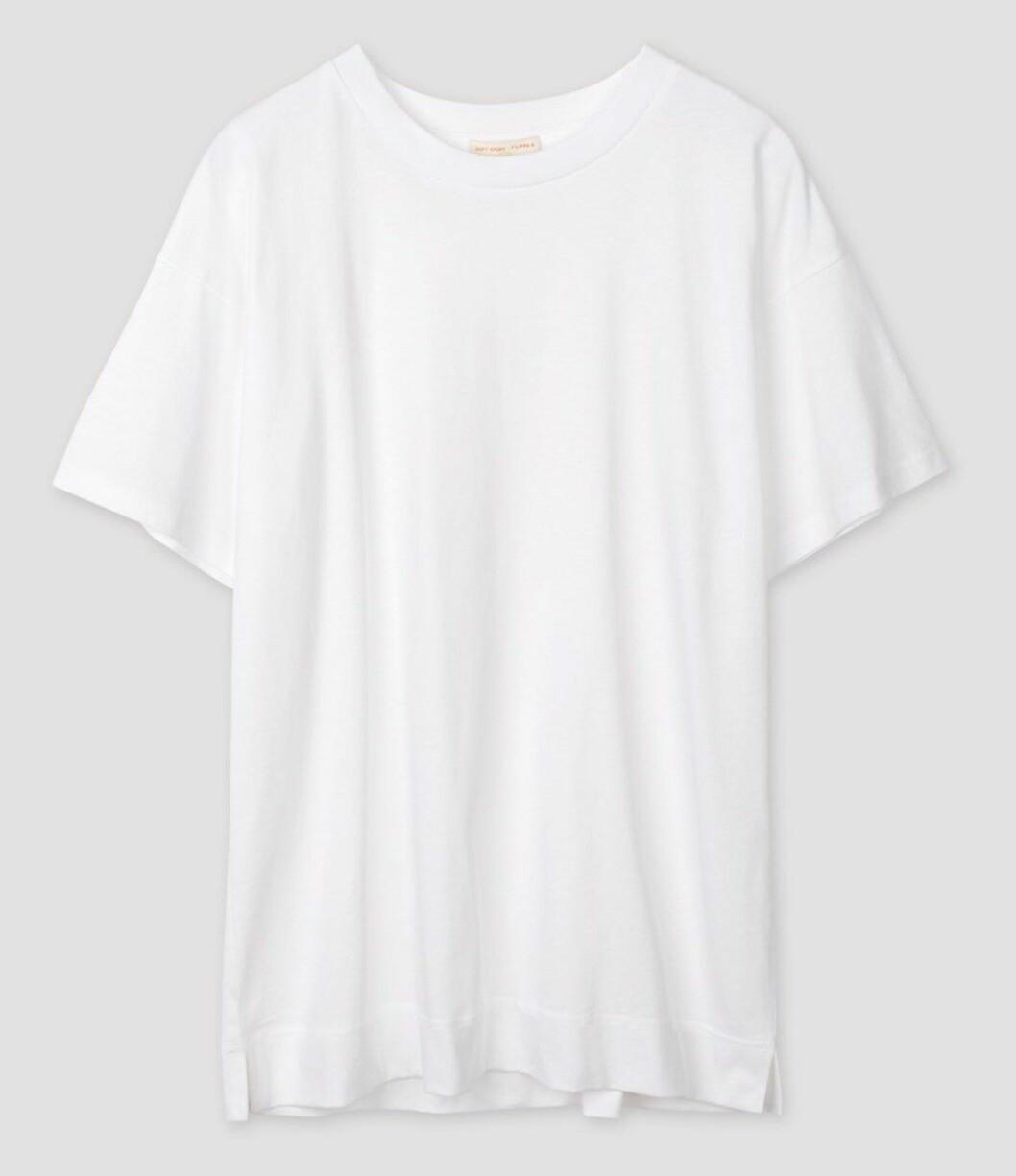 Oversized t-shirt från Filippa K soft sport, ett måste.