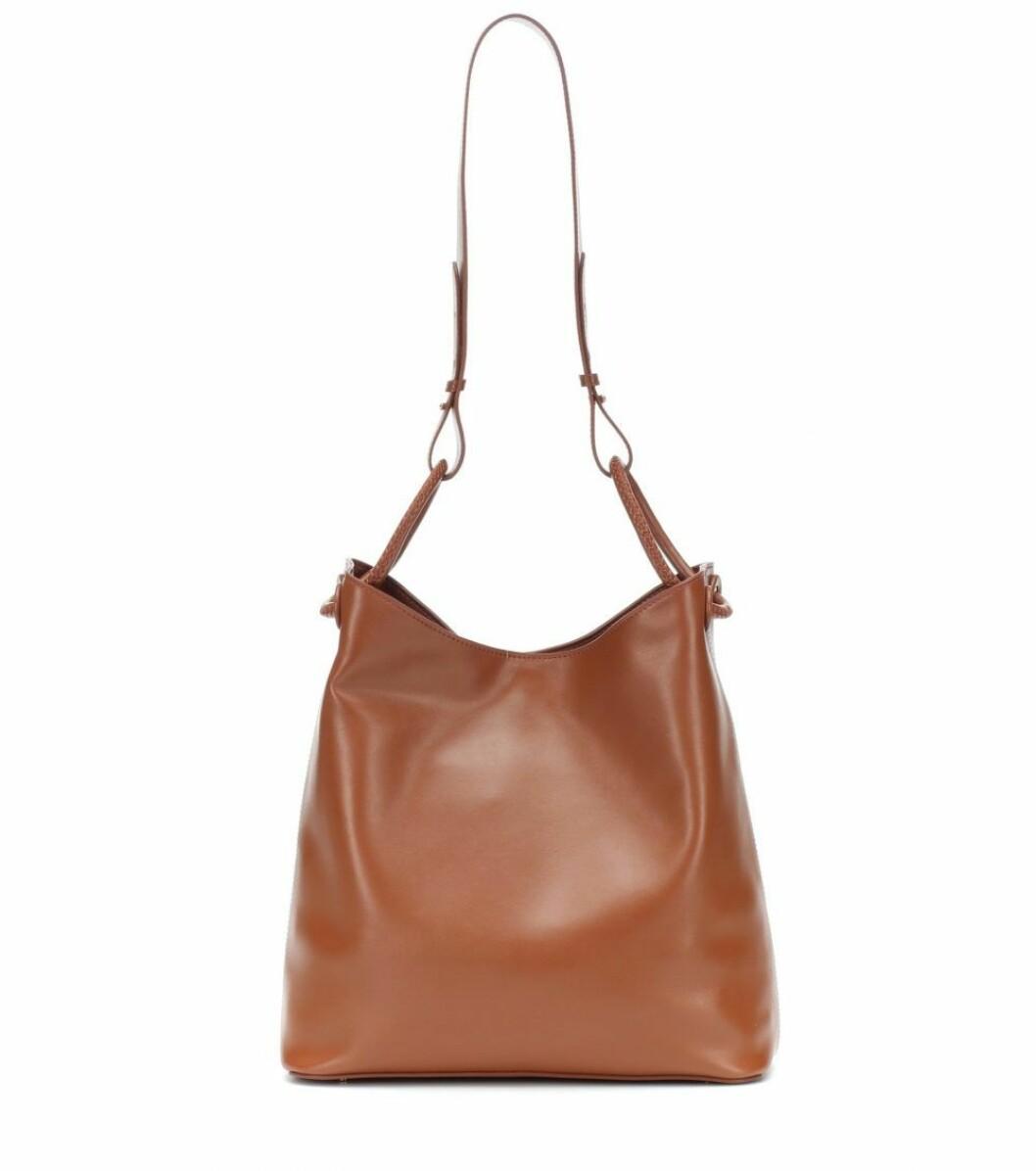 Brun väska med axelrem från Elleme.