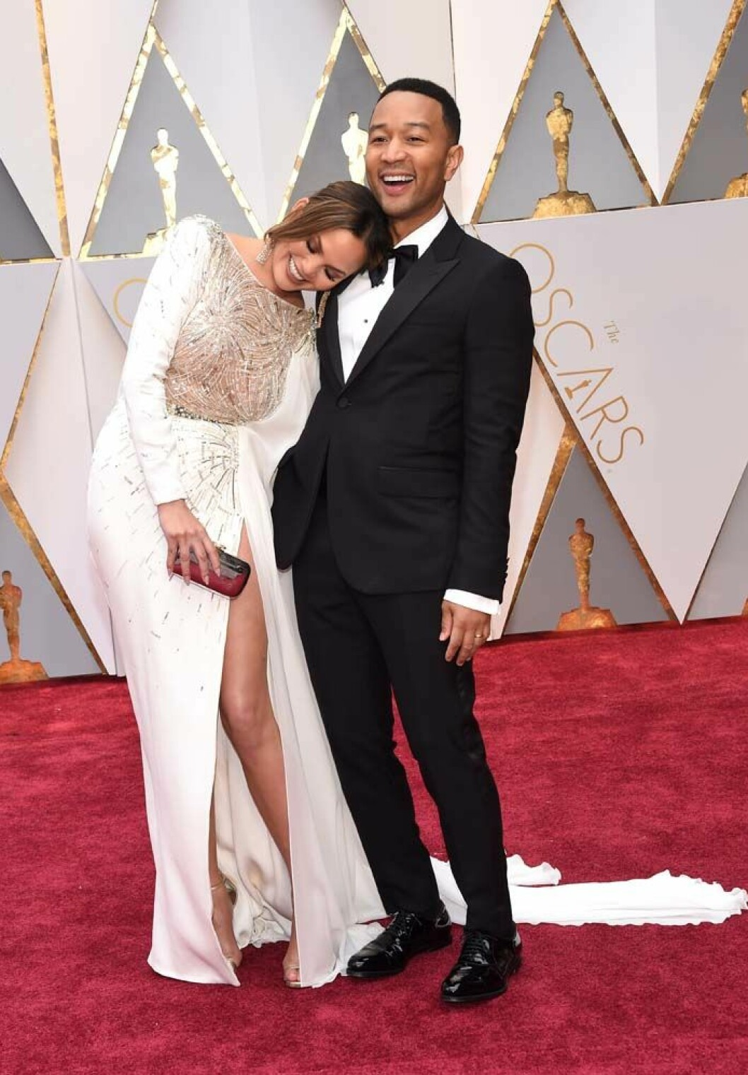Feb 26, 2017 - Hollywood, California, U.S. - CHRISSY TEIGEN and JOHN LEGEND during red carpet arrivals for the 89th Academy Awards. (Credit Image: © Lisa O'Connor via ZUMA Wire) (c) Zumapress / IBL