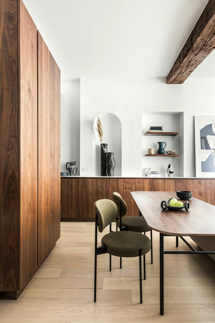 Paris 45 kvm matsal bord stolar