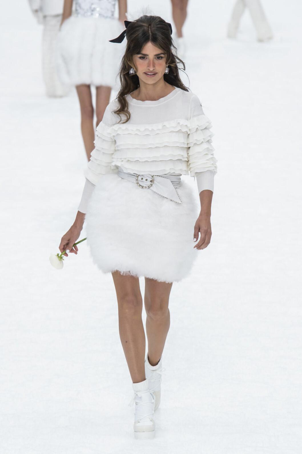 Chanel aw 19 Penelope Cruz