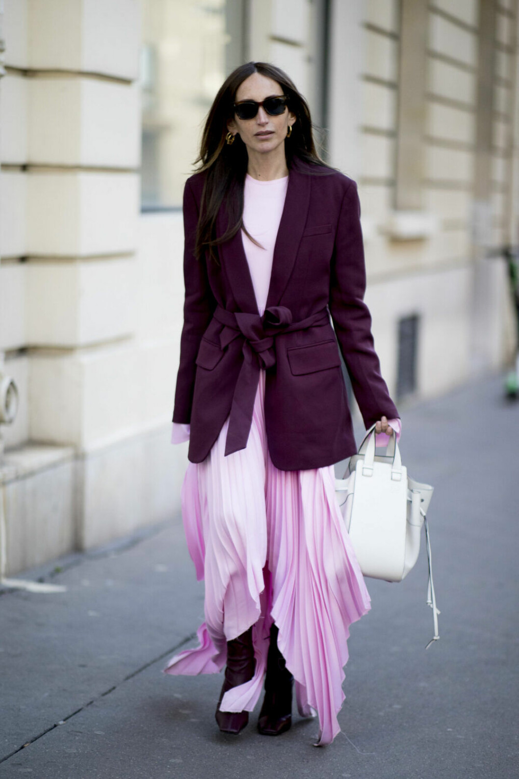 Streetstyle Paris FW, plisserad rosa kjol.