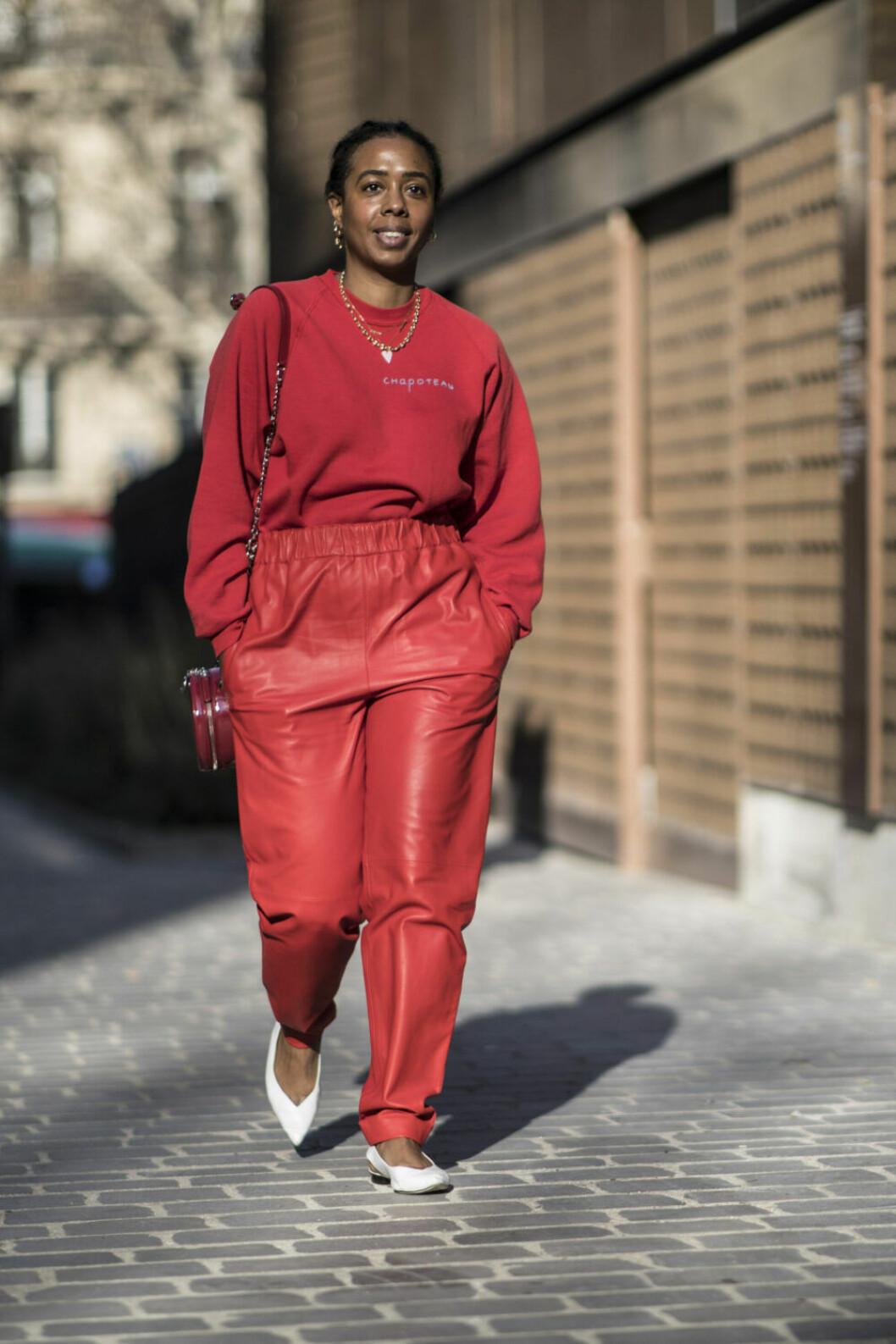 Streetstyle Paris FW, röd outfit.