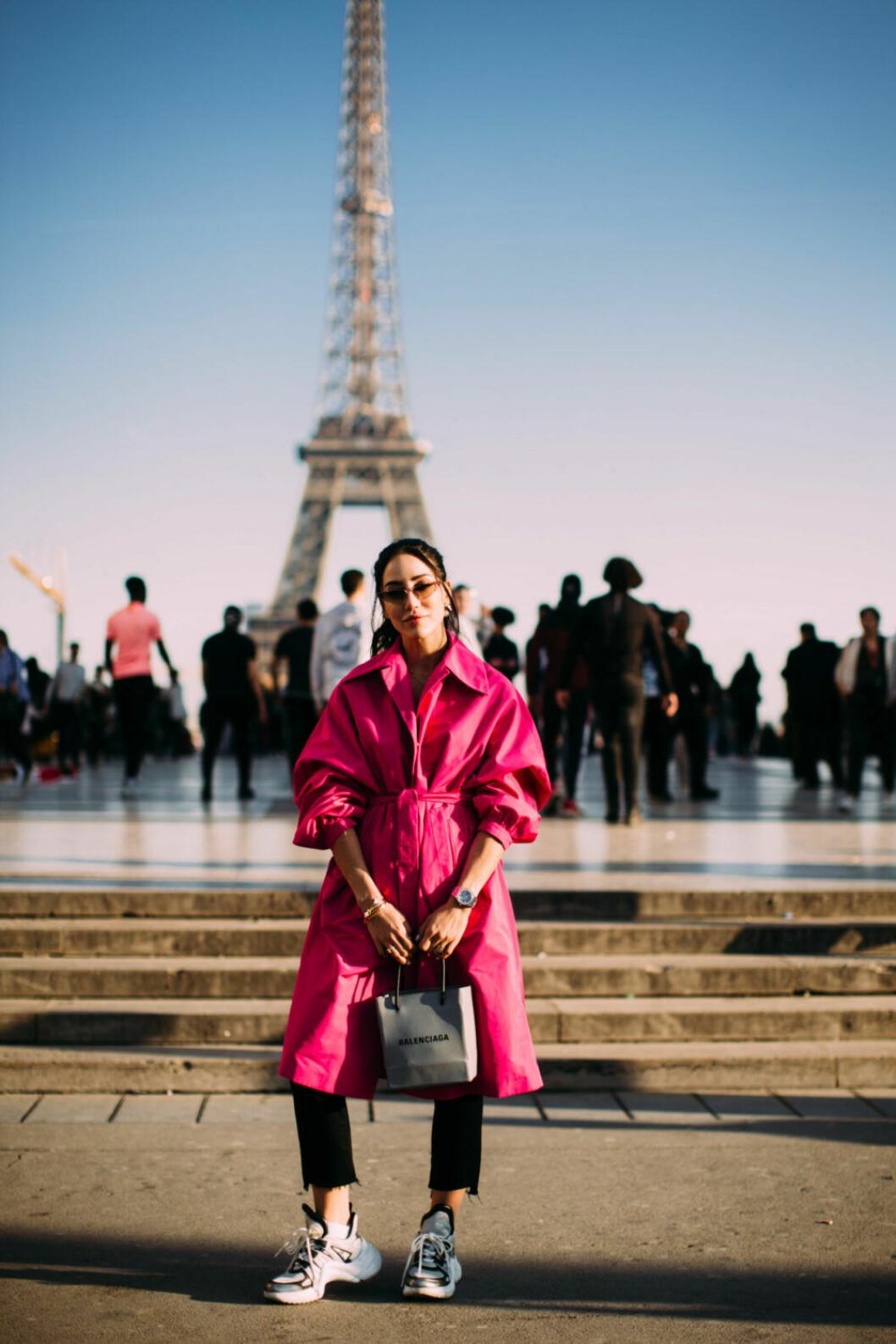 Streetstyle Paris FW, rosa trench.