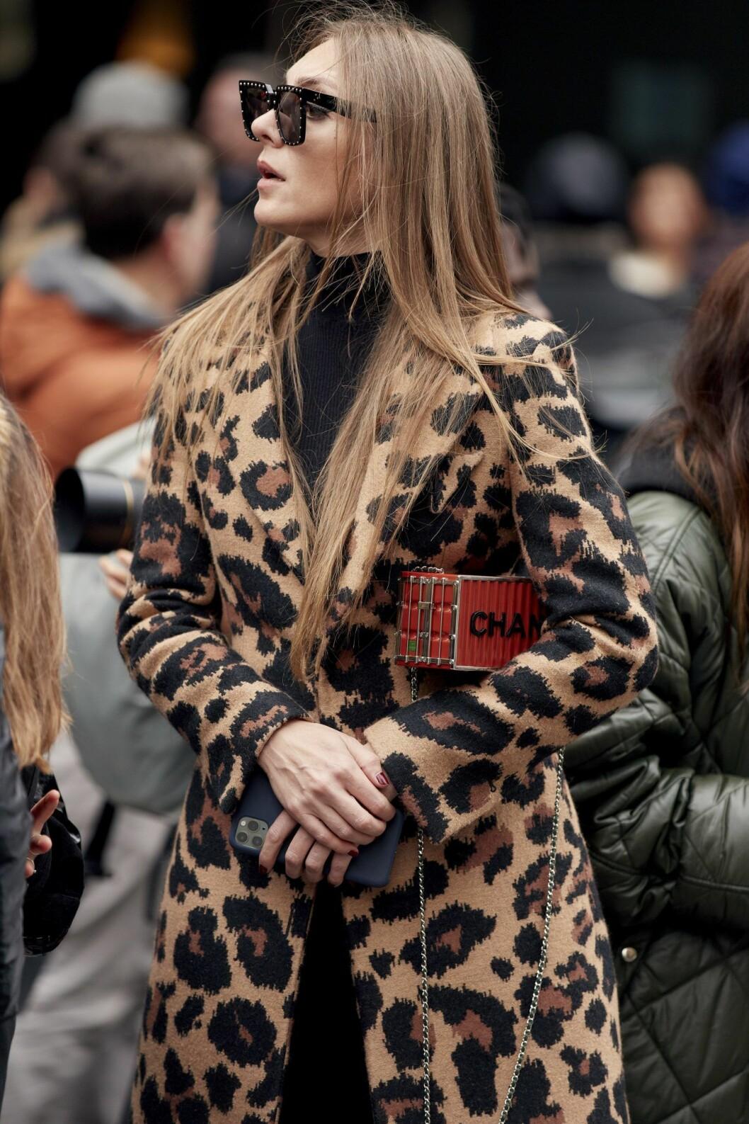Leopardkappa Paris Fashion Week Streetstyle.