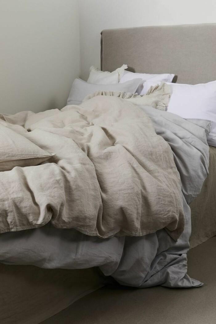 beige sängkläder linne
