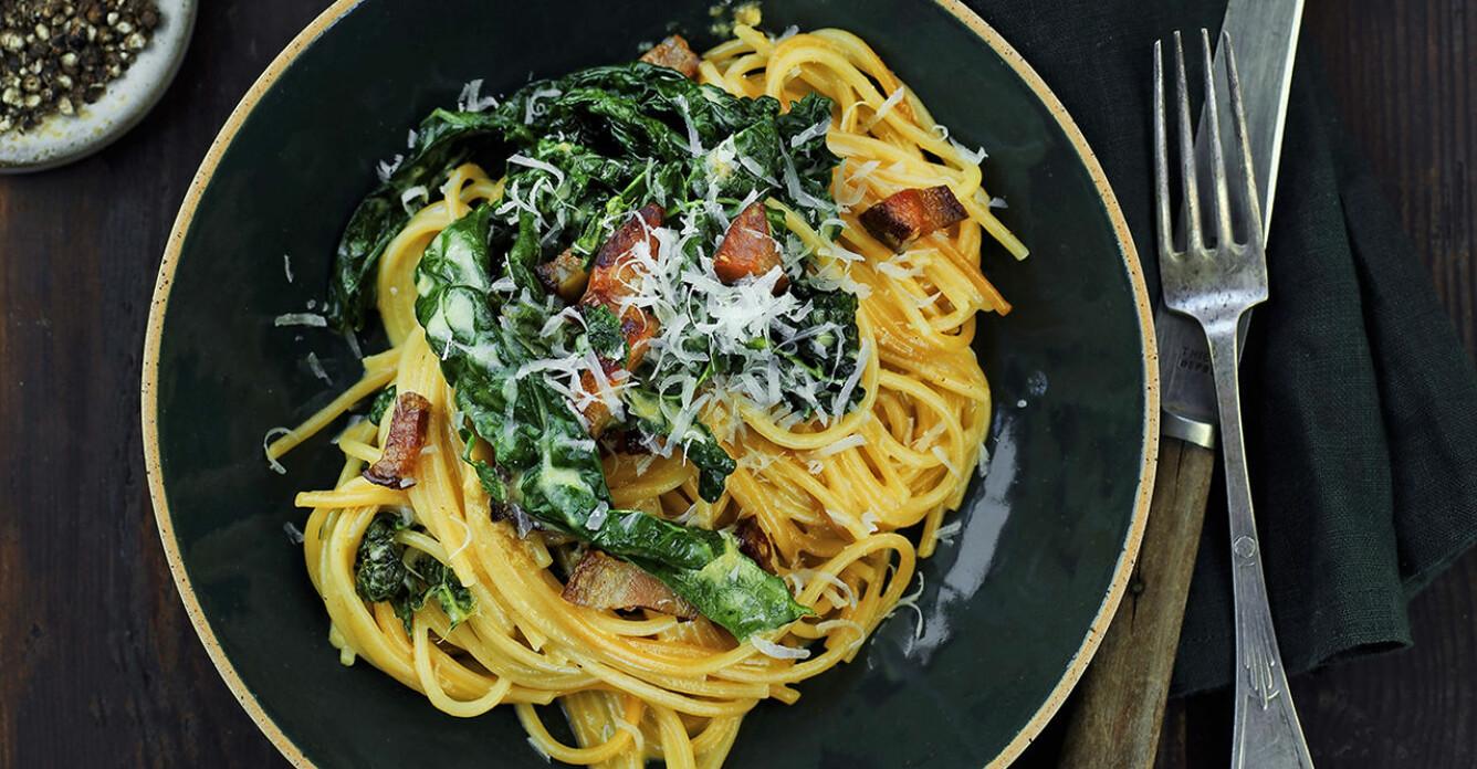 Recept på krämig pasta kålbonara