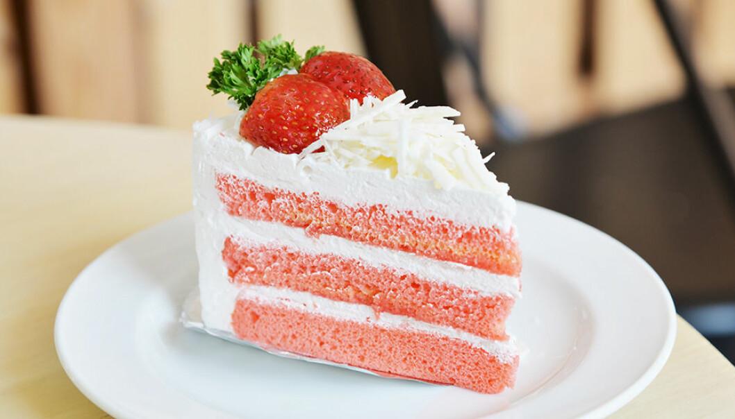 Lär dig att skära en perfekt tårtbit.